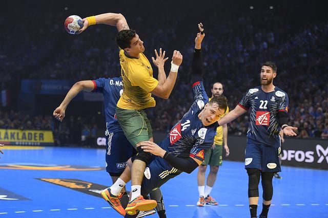 2332a61a6b9fd A Seleção Brasileira fez uma estreia bastante complicada no Campeonato  Mundial de handebol masculino