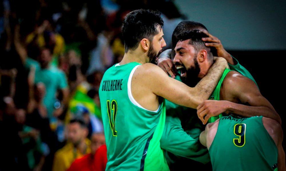 A FIBA (Federação Internacional de Basquete), decidiu retirar a suspensão de todas as suas competições basquete e basquete 3x3, paradas pela pandemia