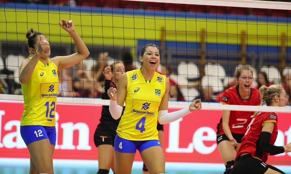 Carol - central - seleção brasileira de vôlei feminino - Jogos Olímpicos de Tóquio 2020