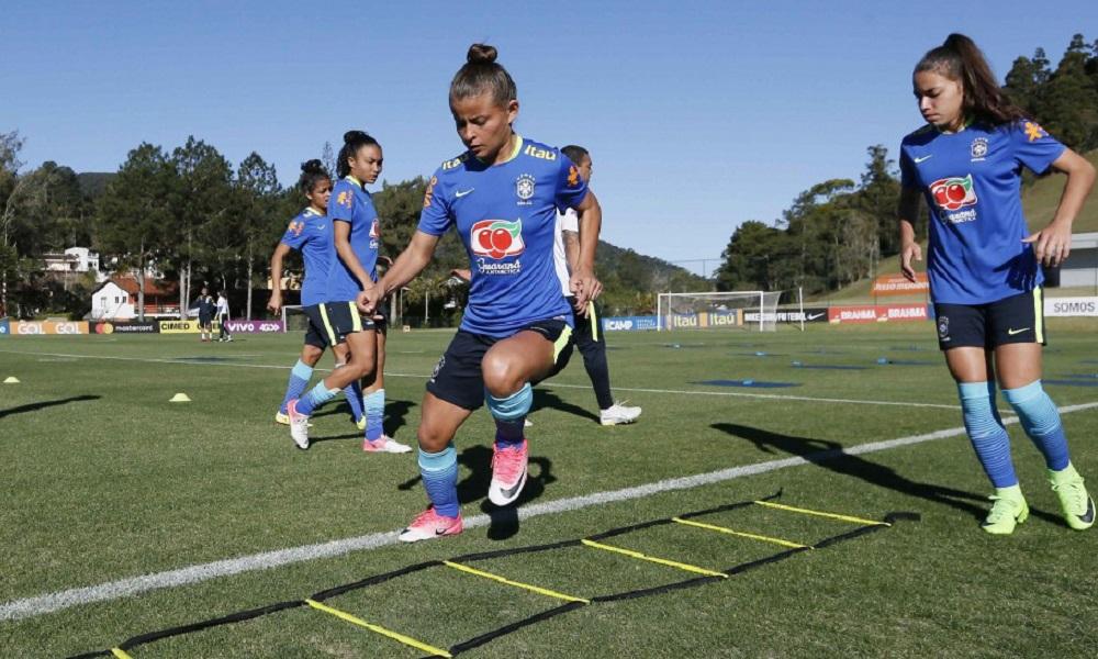 A Seleção Brasileira de Futebol Feminino estreia no Sul-Americano Sub-20  neste domingo contra o Chile às 19h15. b0dca6ef24346