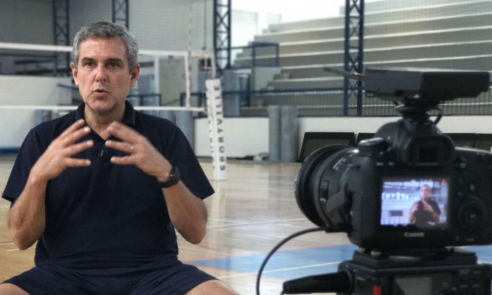 Mercado do vôlei feminino: José Roberto Guimarães vai reconstruir o Barueri de novo