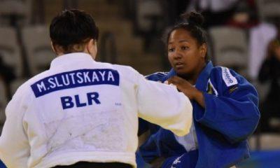 Beatriz Souza busca medalha de bronze no 4º dia do Mundial.
