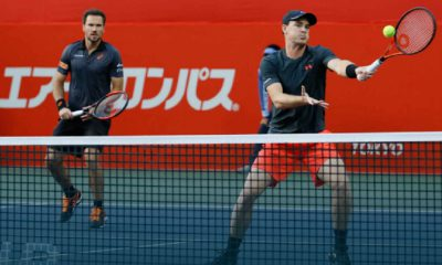 Nas duplas, Soares e Murray chegam à final do ATP de Tóquio .