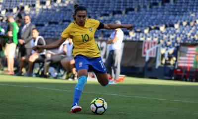 Seleção feminina vence México na reestreia de Vadão.
