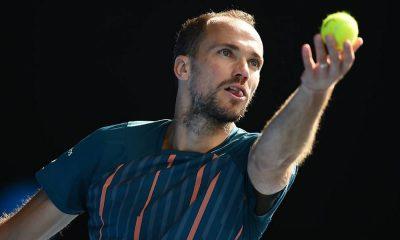 Soares está nas quartas de final das duplas mistas na Austrália