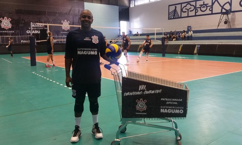 Corinthians anuncia a contratação do levantador Cesinha.