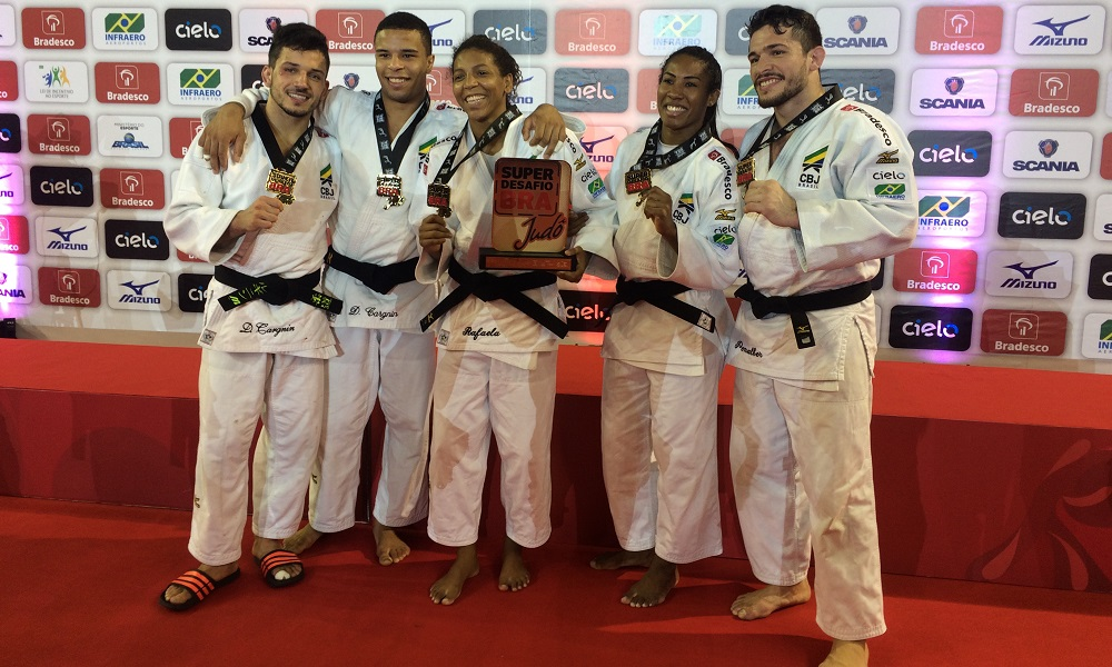 Brasil vence Itália no Desafio Internacional de Judô