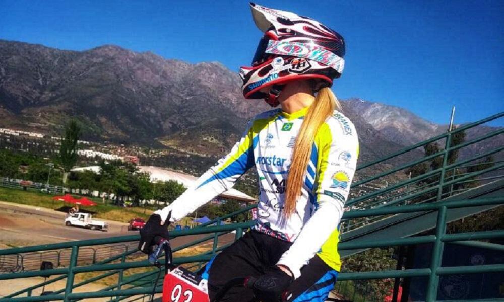 Priscilla Stevaux marca presença no ano do BMX brasileiro