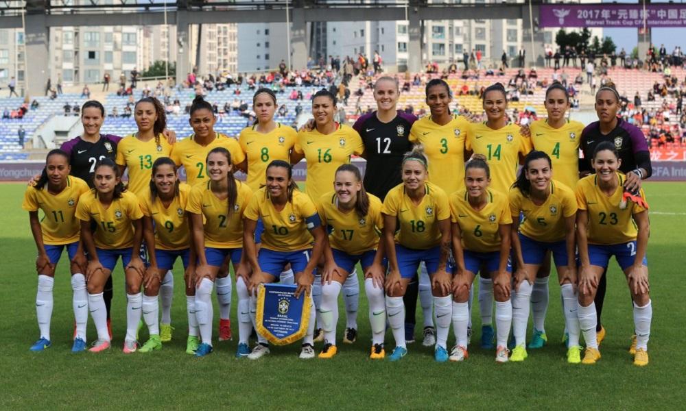 Relembre os títulos e polêmicas do futebol feminino em 2017