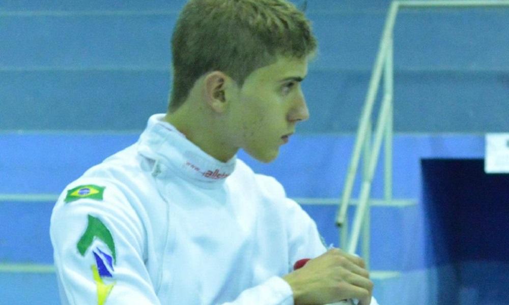 Alexandre Camargo cai na fase de 64 da etapa de Heidenheimer