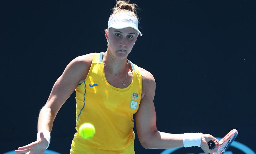 Bia Haddad e dupla de M. Demoliner perdem no Australian Open