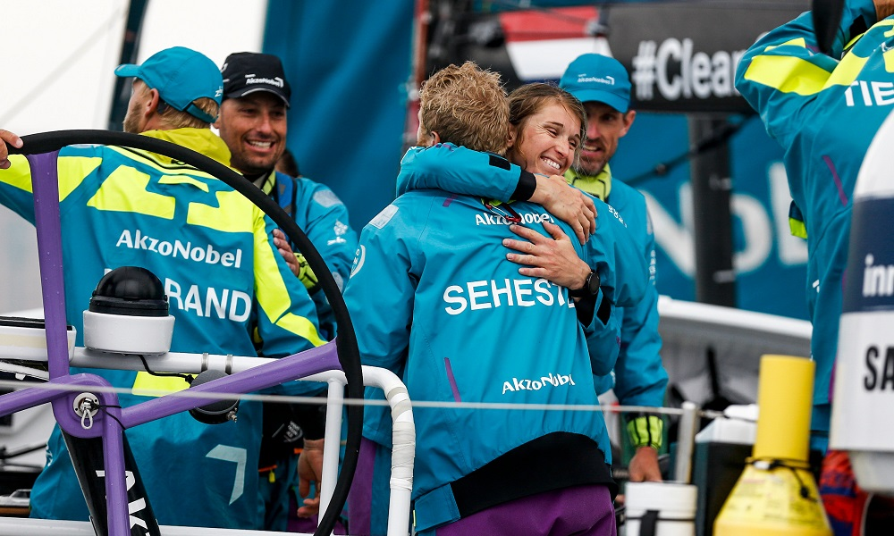 Martine Grael consegue primeiro pódio na Volvo Ocean Race