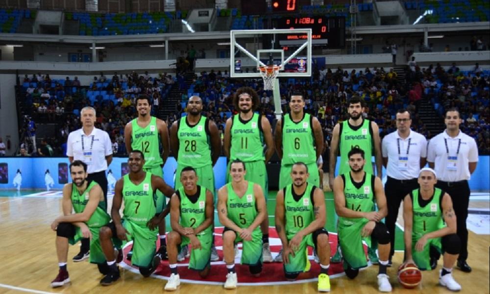Seleção masculina de basquete volta às quadras em Goiânia