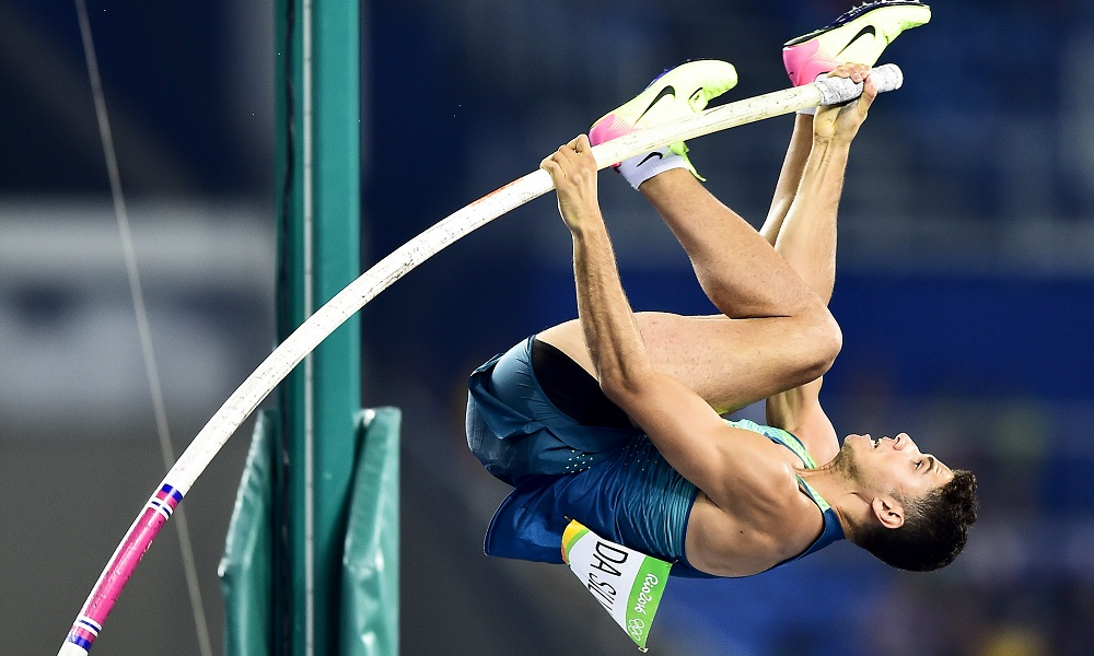 Campeão olímpico Thiago Braz compete em Karlsruhe, na Alemanha