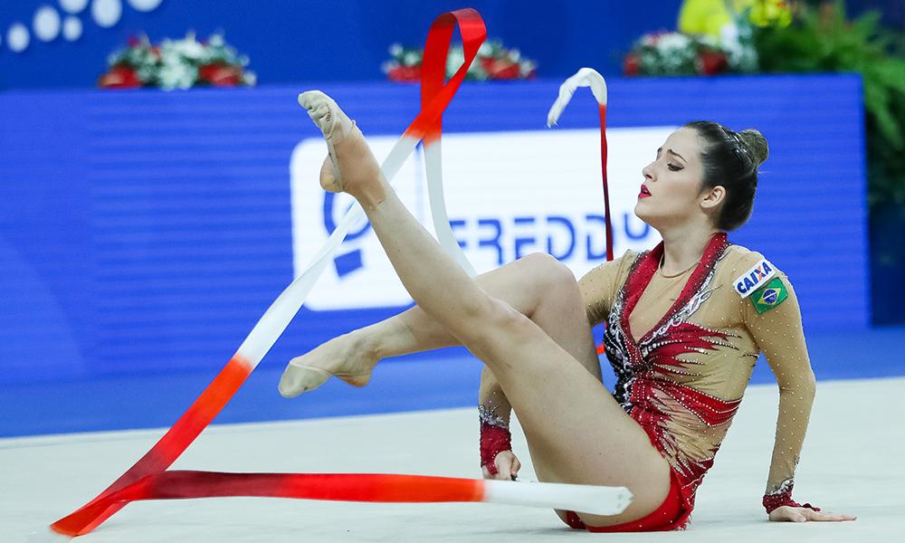Natália Gaudio estreia novas séries na Copa do Mundo de Sofia