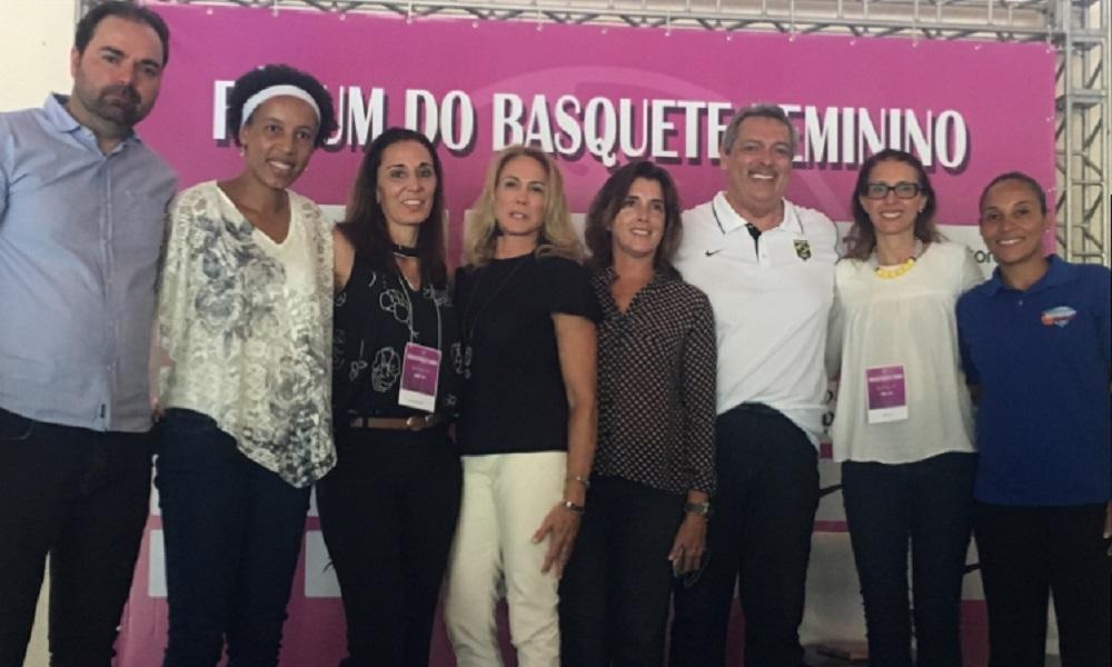 Fórum do Basquete Feminino reúne estrelas e debate soluções