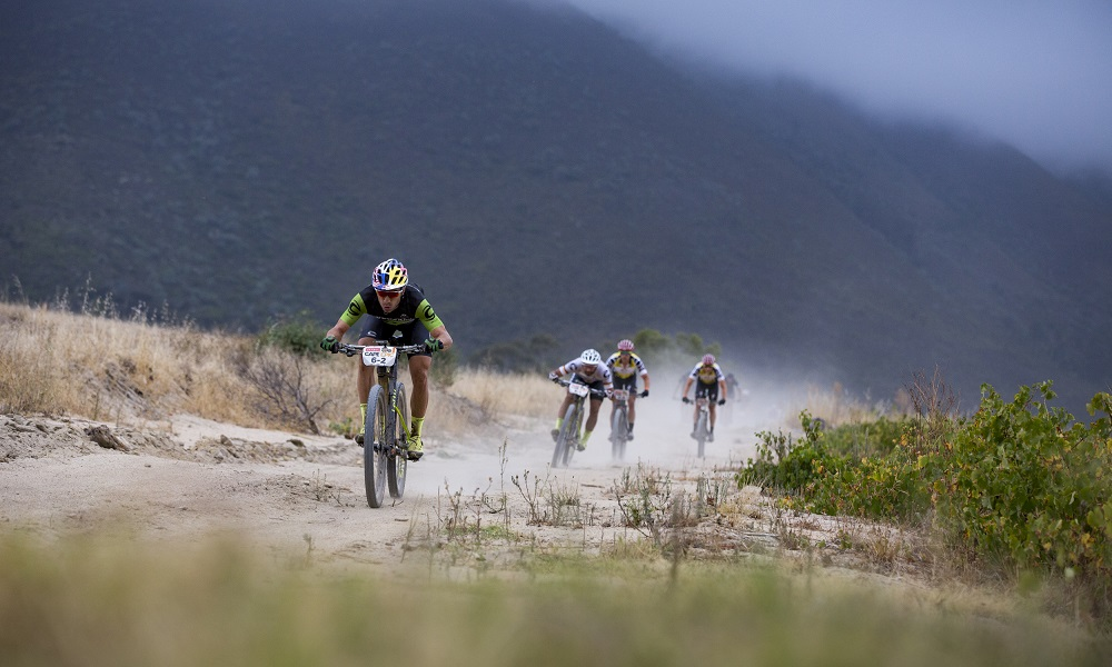 Henrique Avancini fica em 3º lugar na Cape Epic