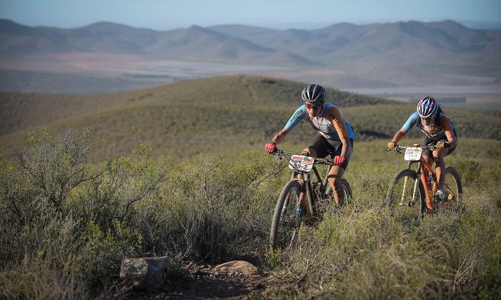 Raiza Goulão e Margot ficam em 5º na 2ª etapa da Cape Epic
