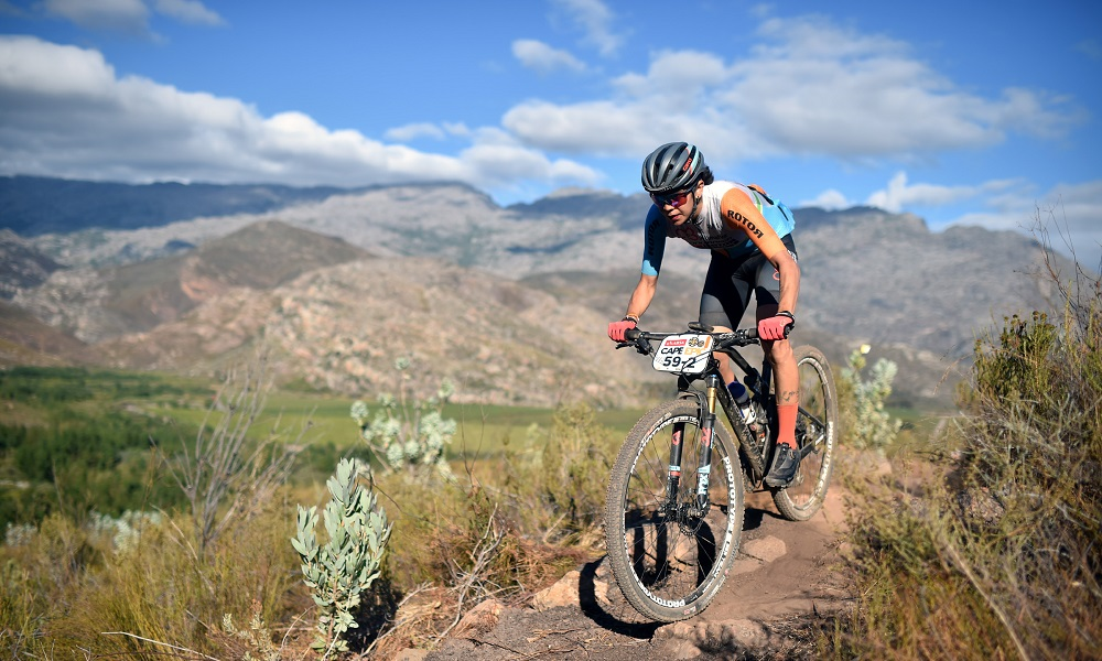 Raiza Goulão e Margot Moschetti terminam em 6º na Cape Epic
