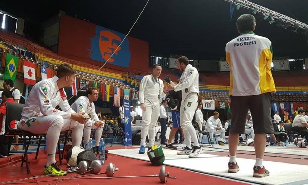 Equipe masculina de espada fica em 4º no Pan-Americano