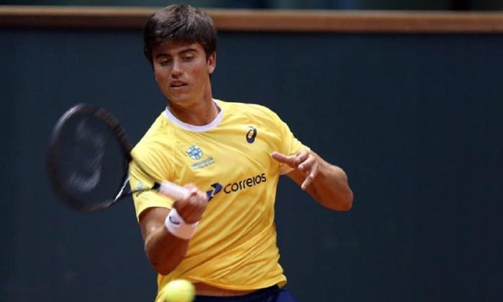 João Menezes cai na 1ª rodada da chave principal na Itália