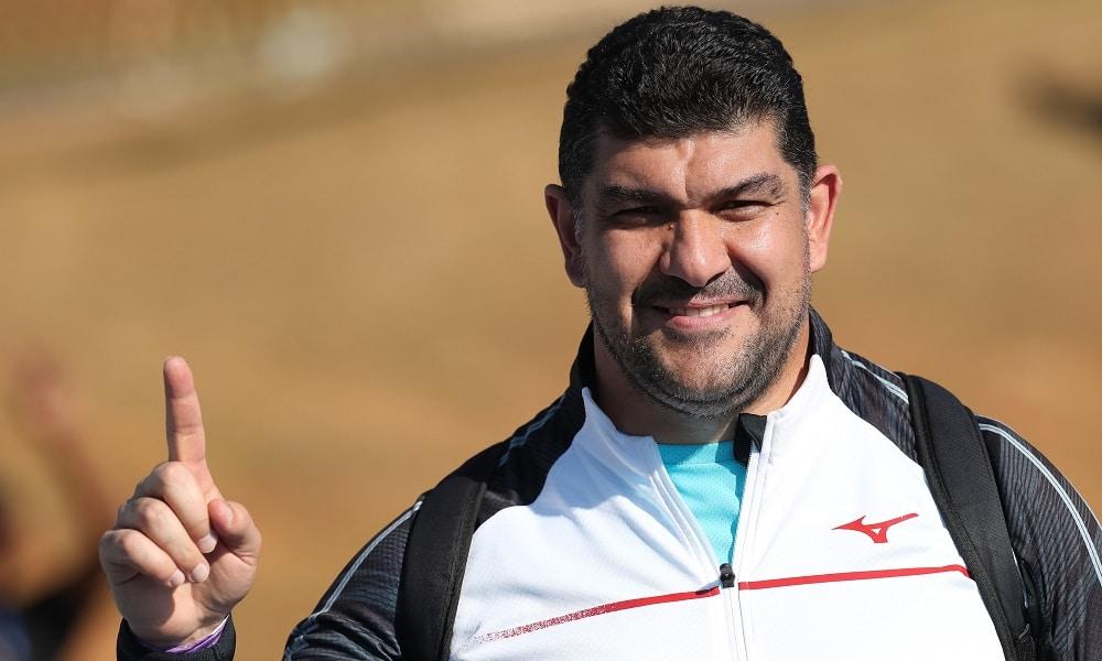 Campeão olímpico Nazarov vence o martelo do GP Brasil