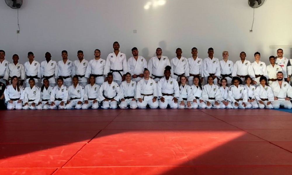 Brasileiros conquistam 14 medalhas no 1º dia do Pan-Americano