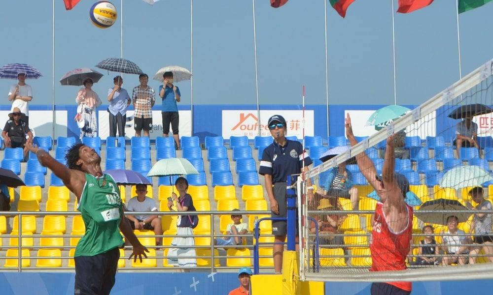 Álvaro/Luciano e Thiago/George duelam na semifinal na China
