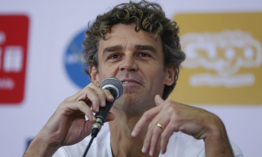 """Guga comenta cenário do tênis brasileiro: """"Não existe"""""""