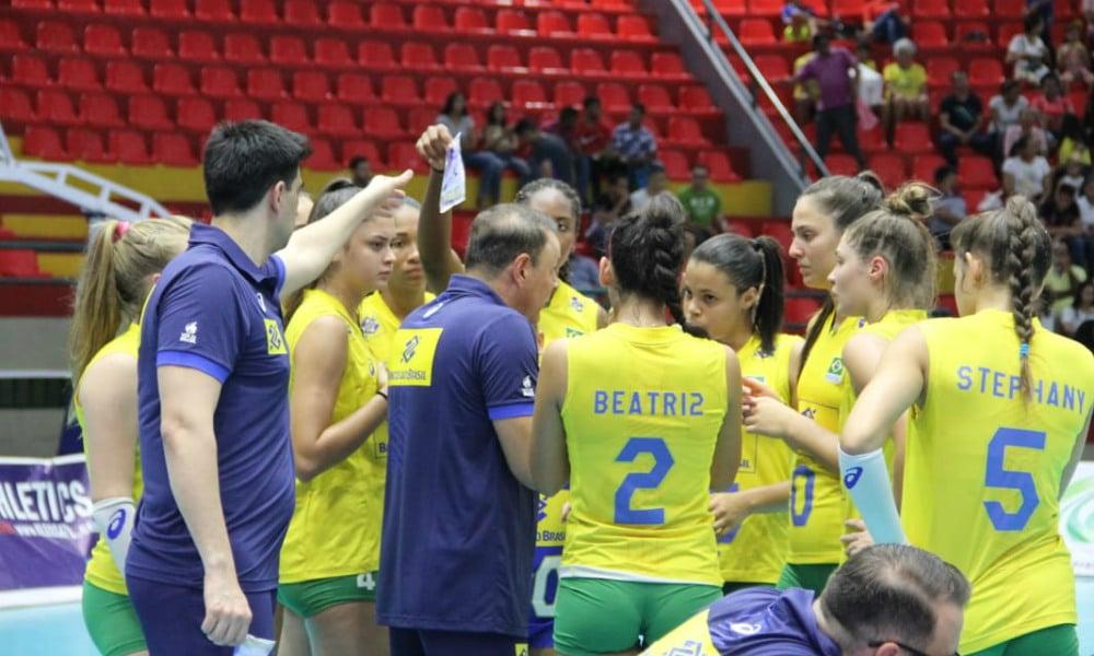 Brasil perde do Peru e vai tentar o bronze em Valledupar 04cb57e1d935f