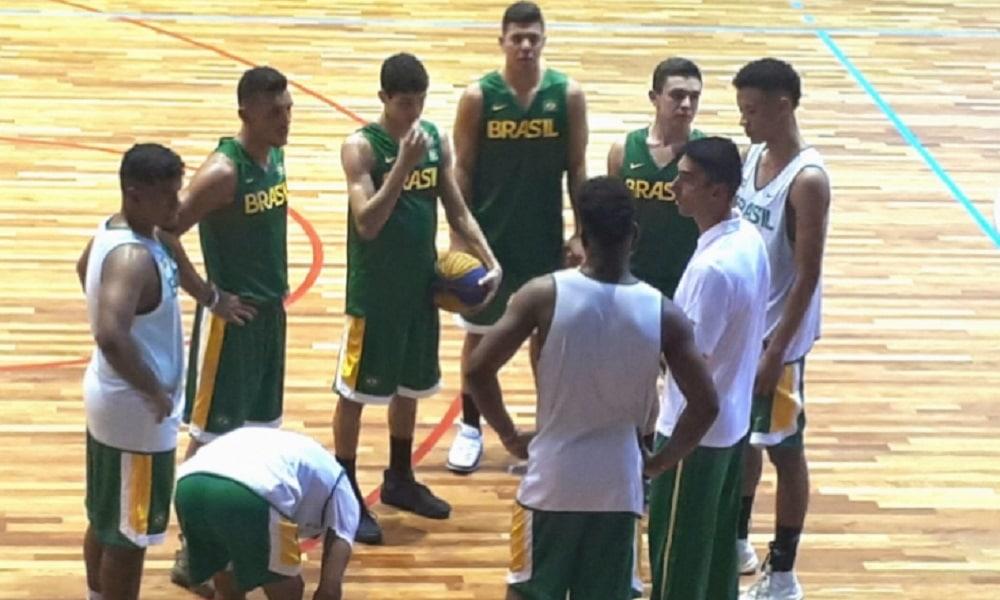 bf87379cfd1d5 Douglas Lorite avalia treinamento da seleção brasileira Sub-18 ...