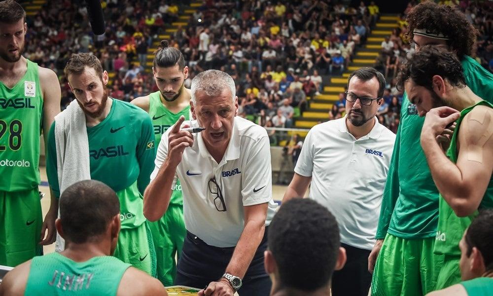 Petrovic anuncia seleção brasileira de basquete