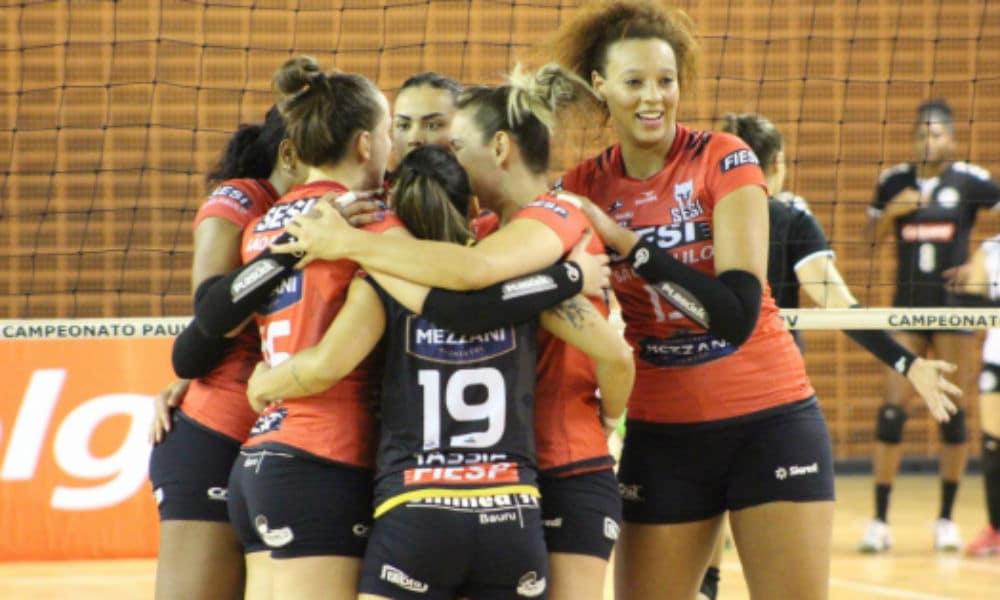 Tiffany faz 15 pontos e Bauru vence Pinheiros pela Superliga 64f9e445ed908
