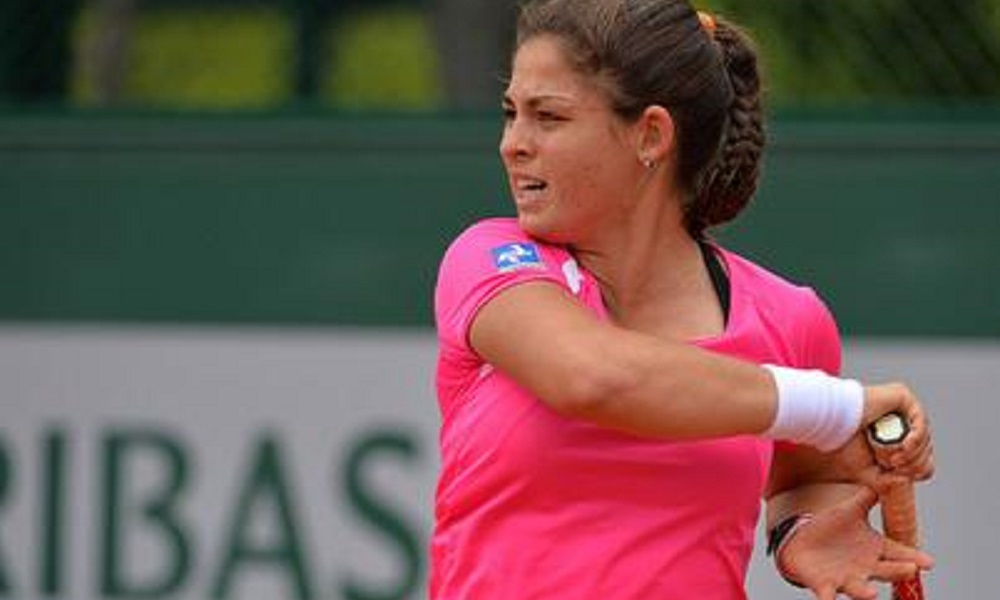 2cdbe8dd023 Carolina Meligeni perde na simples e nas duplas em torneio na Itália