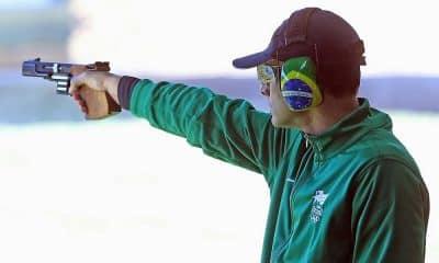 Brasil encerra participação no Mundial em 8º por equipes