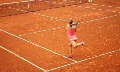 Laura Pigossi está na final de duplas do ITF de Montreux