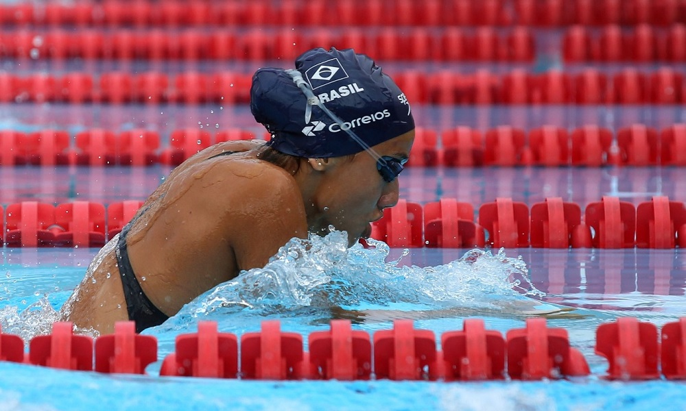 Brasileiros avançam nas provas da natação na Argentina