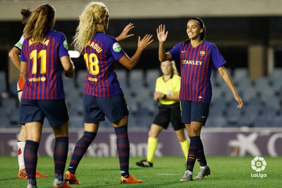 84097cfc38 Barcelona goleira e Andressa Alves anota dois gols