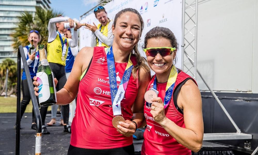 Ana Barbachan (à esquerda) Ana Luiza Barbachan Fernanda Oliveira vela Jogos Olímpicos de Tóquio 2020