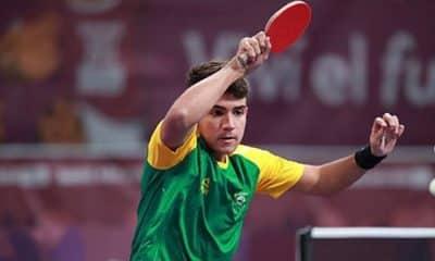 Guilherme Teodoro do tênis de mesa