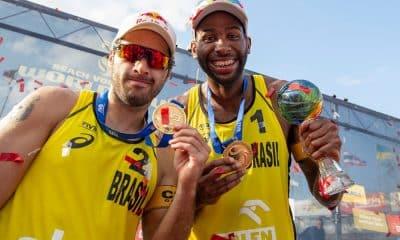 Evandro e Bruno Schmidt, do vôlei de praia