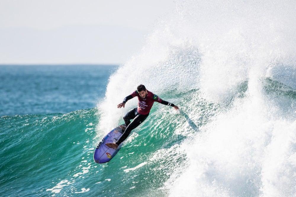 A WSL confirmou os 16 surfistas que participarão do Rumble at the Ranch com três preenças brasileiras: Filipe Toledo, Adriano de Souza e Tatiana Weston-Webb