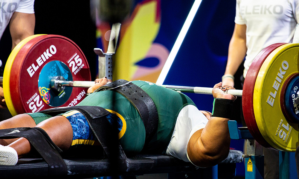 Tayana Medeiros no halterofilismo paralímpico