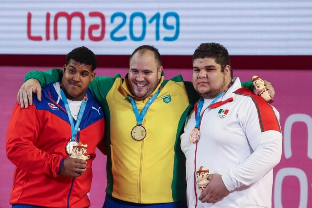 Saiba mais sobre Fernando Reis, atleta da categoria +109kg do levantamento de peso que representará o Brasil na Olimpíada  de Tóquio 2020