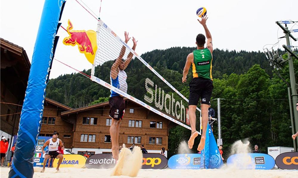 Guto e Saymon na etapa de Gstaad
