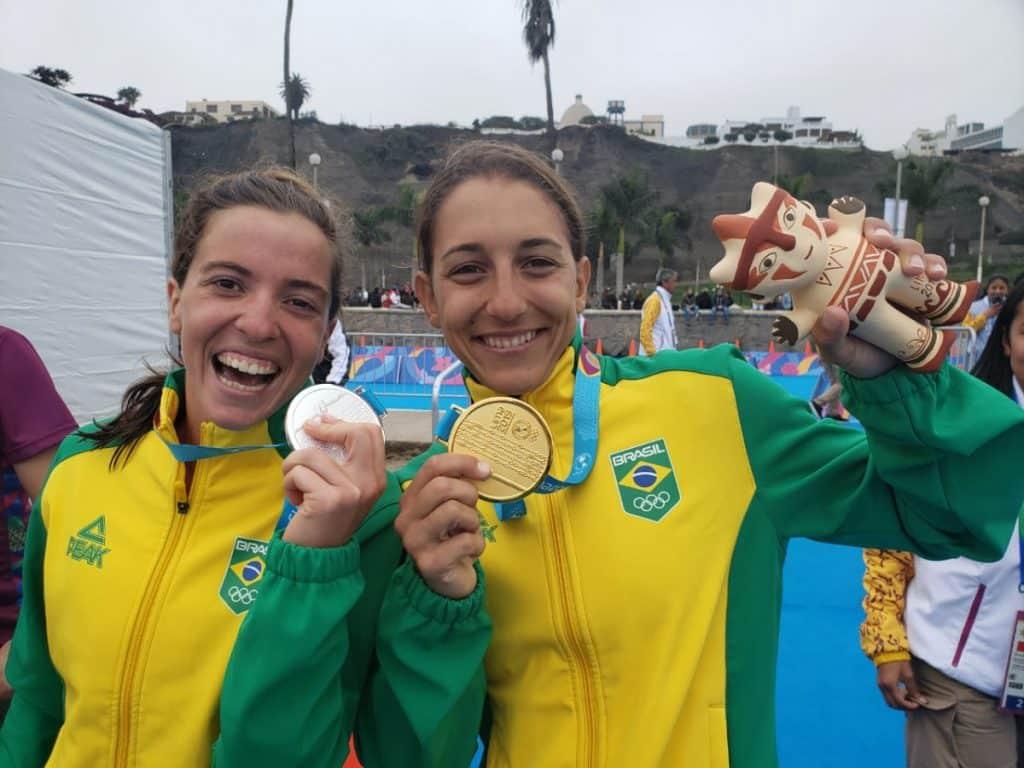 Vittória Lopes e Luisa Duarte, medalhistas no triatlo dos Jogos Pan-Americanos