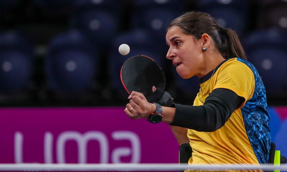 Em Lima, Cátia Oliveira confirma favoritismo e vai à semi do tênis de mesa