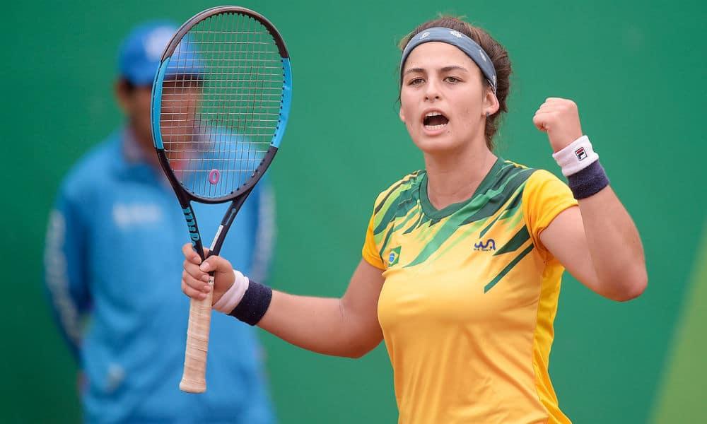 Carolina Meligeni foi campeã no ITF de Cancún nas duplas