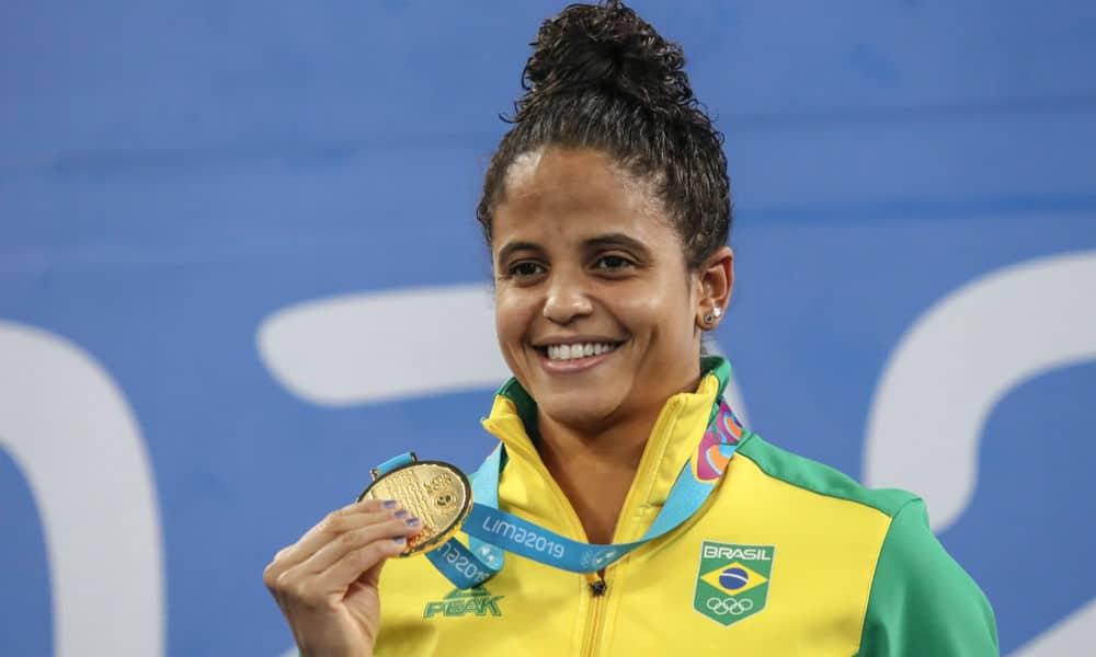 Etiene Medeiros - natação - 50m livre feminino - Olimpíada de Tóquio 2020
