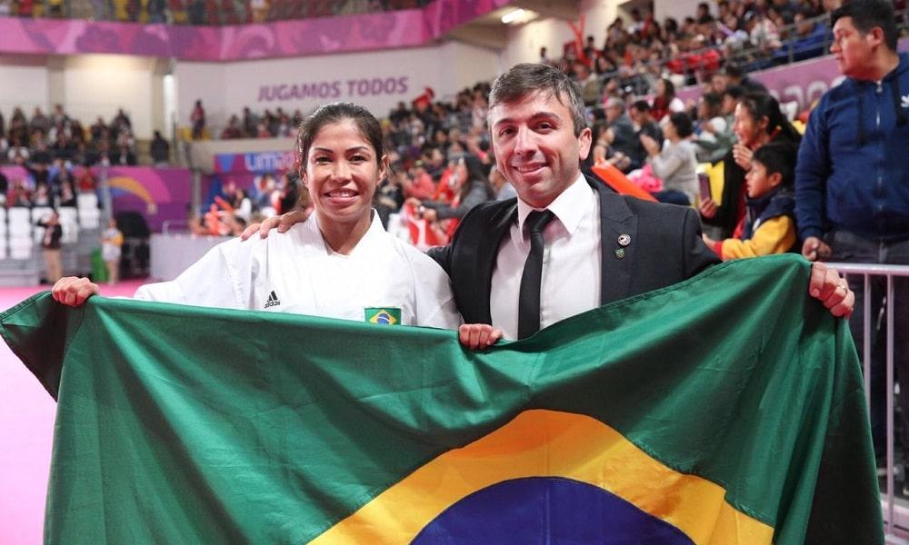 Valéria Kumizaki conquista o bicampeonato no caratê dos Jogos Pan-Americanos